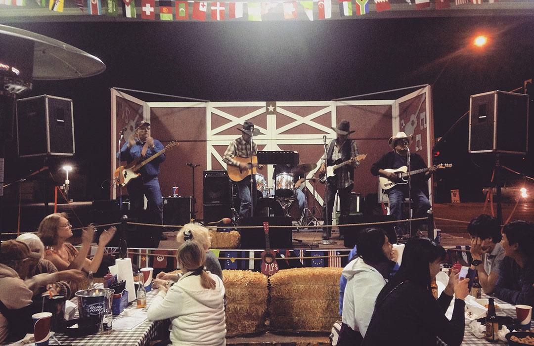 Big John's Texas BBQ Show Country Music USA Arizona Page Lake Powell