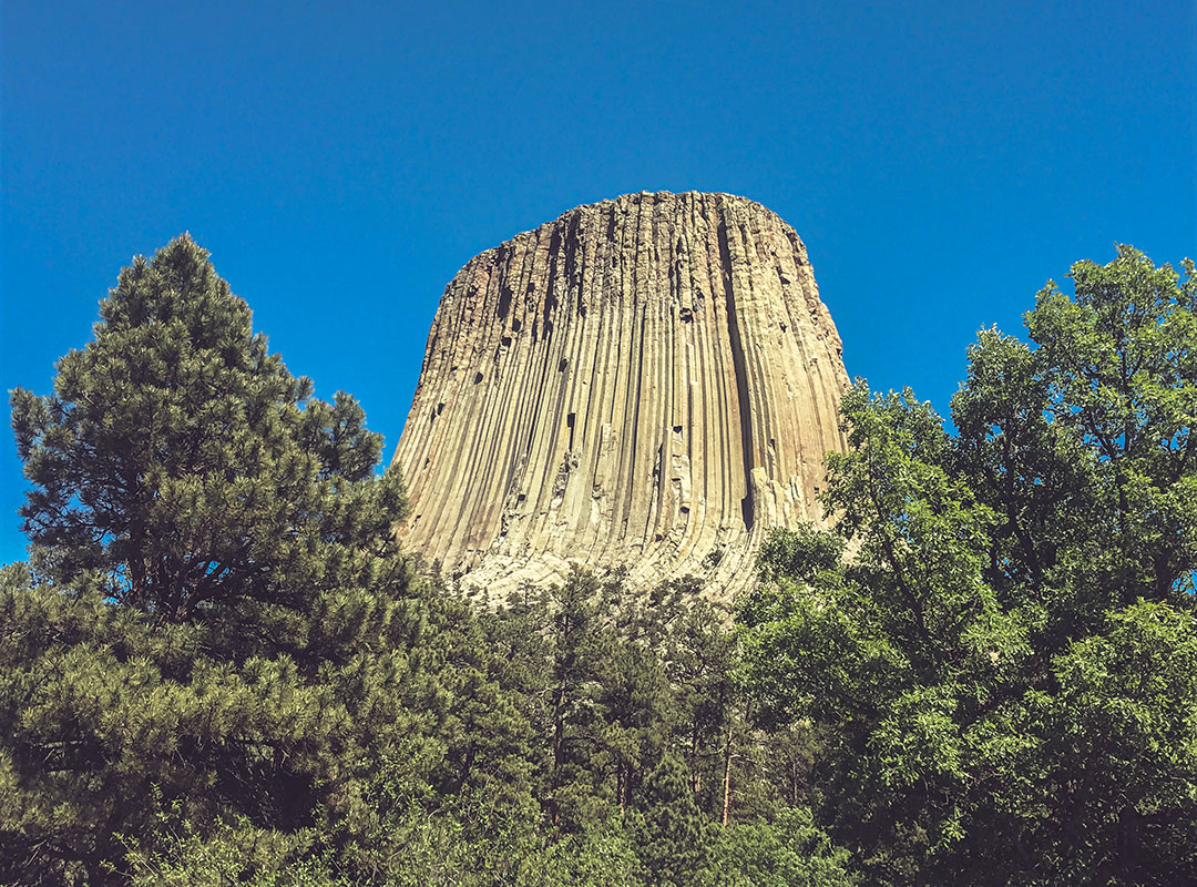 Devil's Tower National Monument Wyoming Yellowstone Spielberg Close Encounters road trip USA