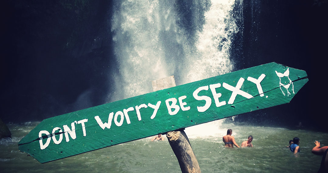 Dont-worry-be-sexy-ubud-bali-indonesia-waterfall