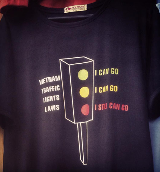 T shirt drole signalisation routière hanoi vietnam