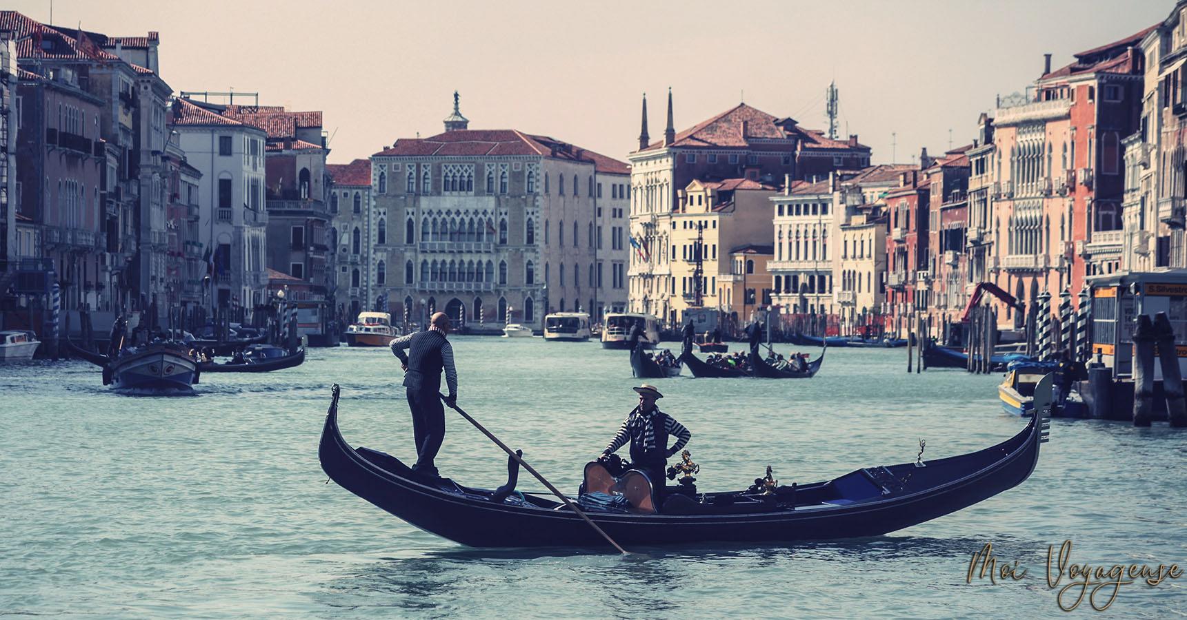 Gondole venise grand canal italie