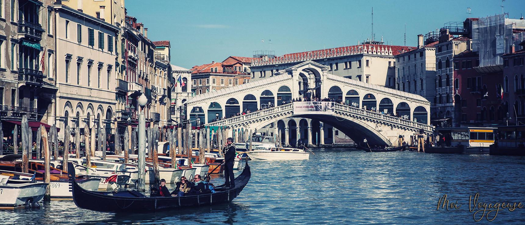 Grand Canal de Venise Italie Europe Rialto Gondole