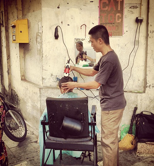 Coiffeur rue hanoi vieux quartier vietnam