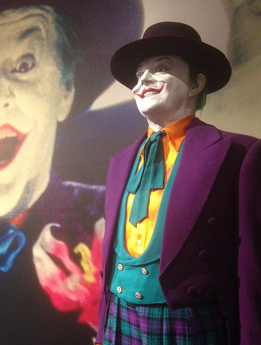 Costume Joker Batman Accessoire cinema tournage warner bros studios tour hollywood los angeles