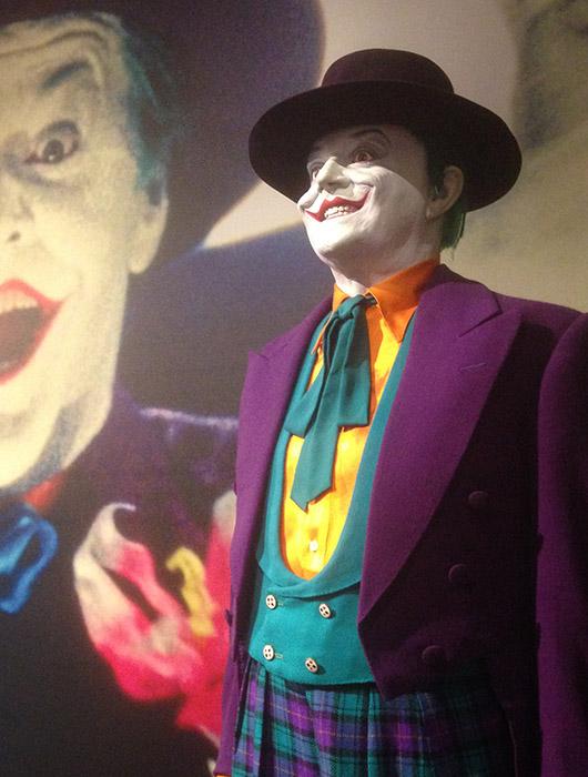 Costume Joker Batman Accessoire cinema tournage warner bros studios tour hollywood los angeles