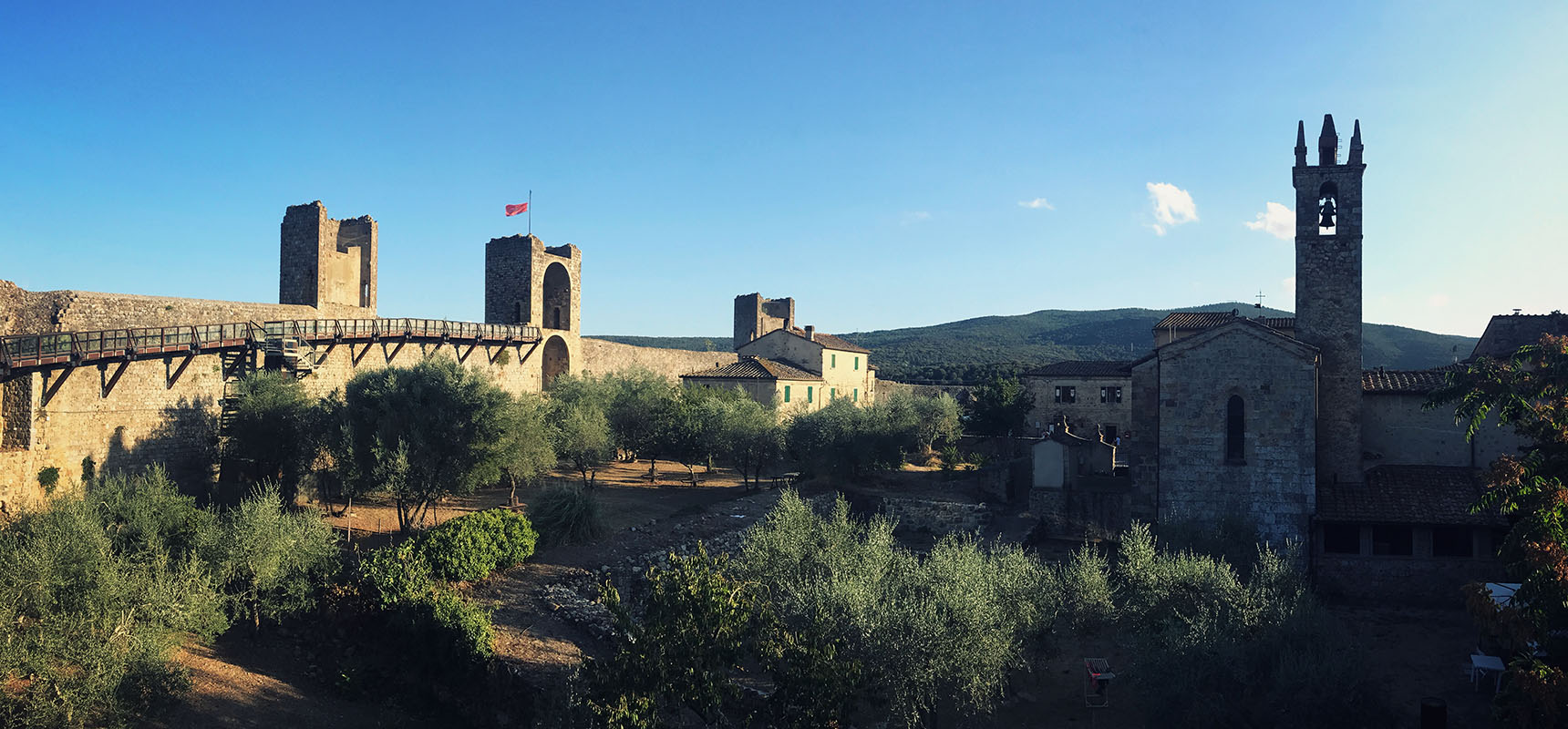 Monteriggioni toscane italie assassins creed
