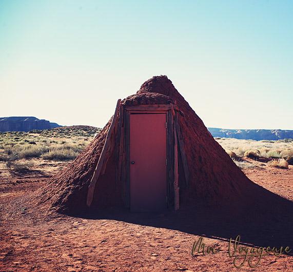 Monument Valley Arizona Road Trip USA navajo house