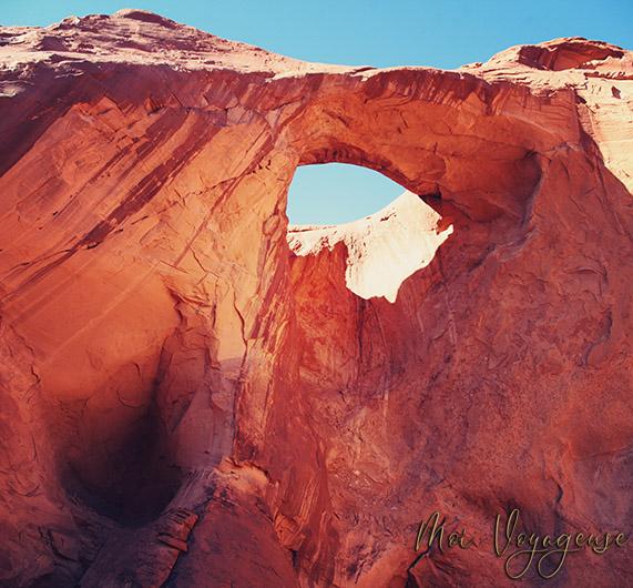 Monument Valley Arizona Road Trip USA arch