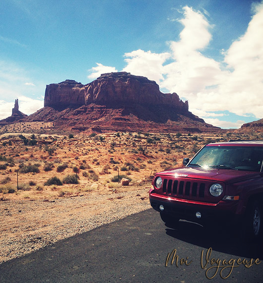 Monument Valley Arizona Road Trip USA Jeep