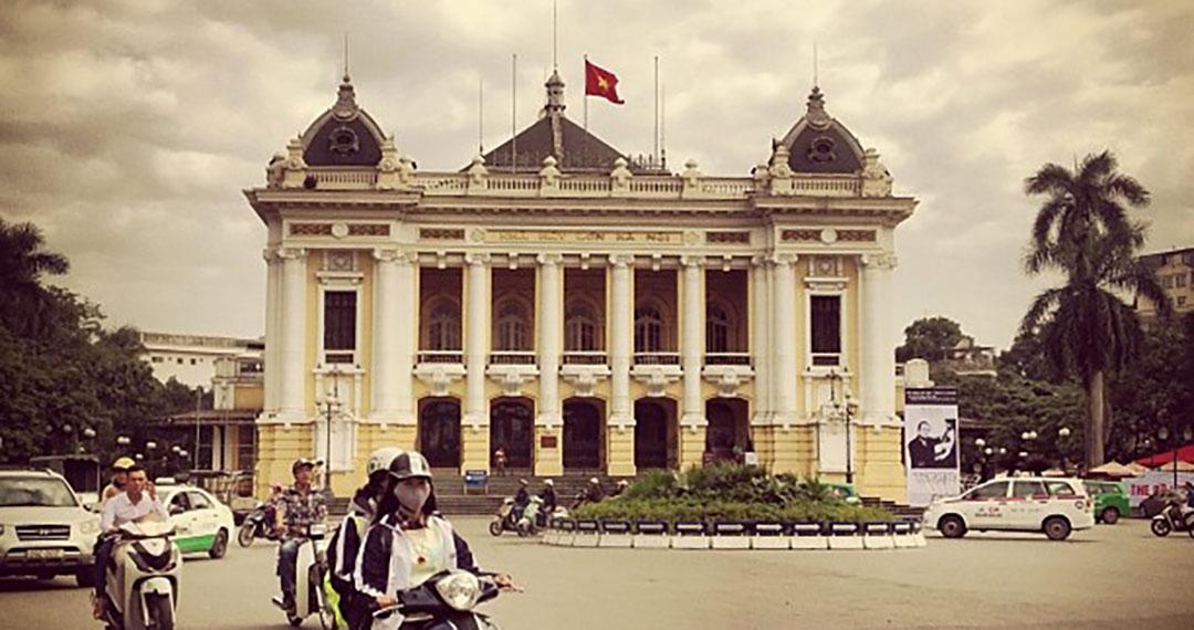 Place opéra hanoi vietnam