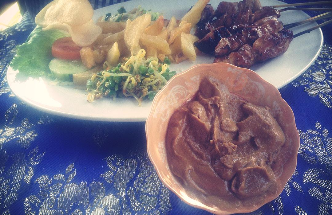 Satay sauce amed bali