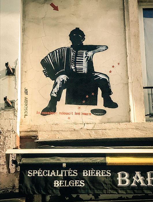 Street art Paris Sentier de grande randonnée