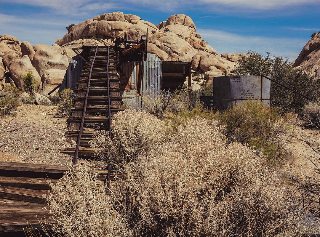 Joshua Tree National Park California Road Trip USA wall street mill
